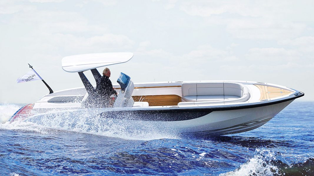 Sports tender boat for superyachts design by Hamid Bekradi
